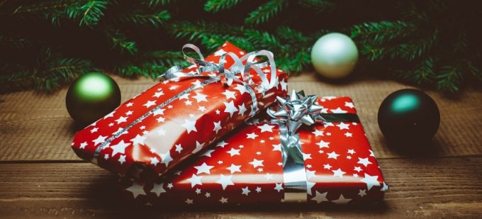 Best Christmas Presents for Older People in 2020